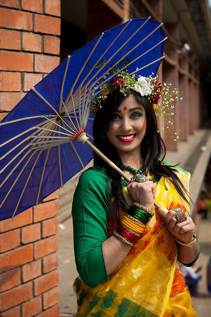 Girls with pohela falgun saree